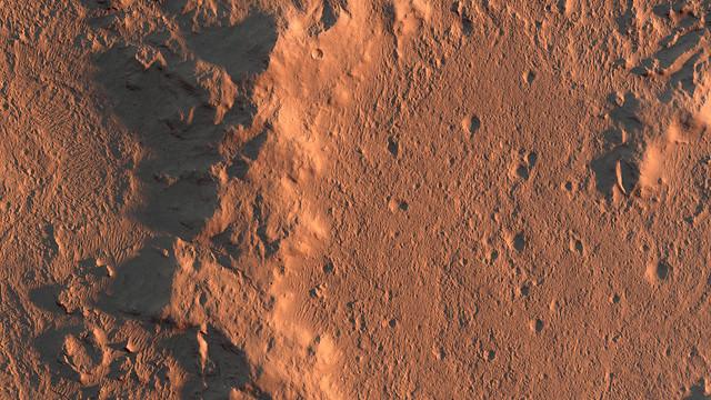 Rim of Lederberg Crater on Mars