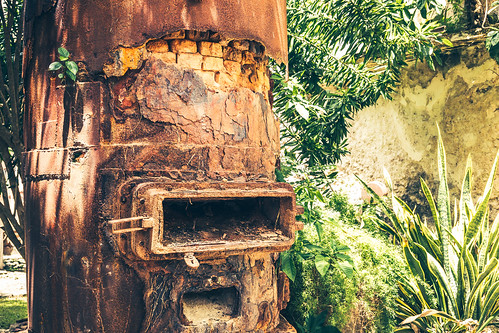 Rust, dust and jungle