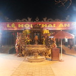 Stop at temple on way to Công Family