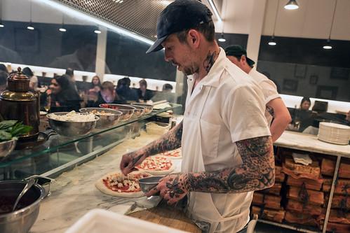 Una Pizza Napolitana - New York Times