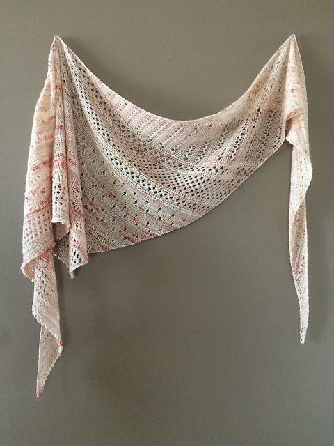 Lise (Mattedcat)'s Local Yarn Shawl by Casapinka using Manos Fino with stashed Dream in Color Jilly