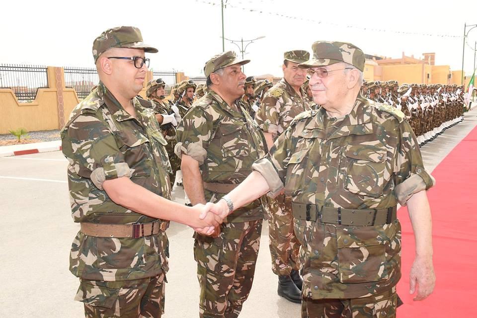 الجزائر : صلاحيات نائب وزير الدفاع الوطني - صفحة 21 42433274581_48fcf3e326_b