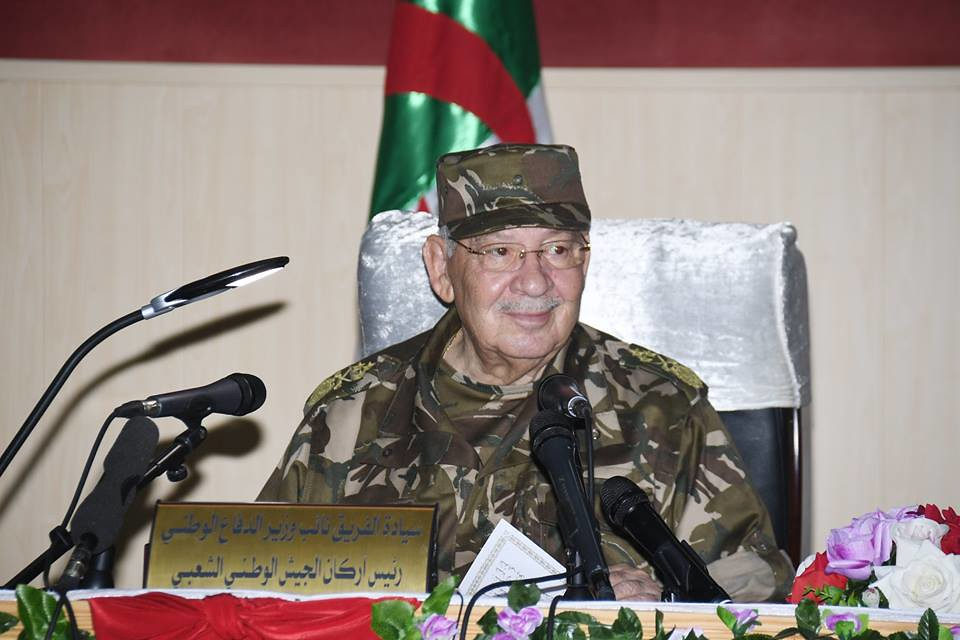 الجزائر : صلاحيات نائب وزير الدفاع الوطني - صفحة 21 42433275771_9b44aa13b7_b