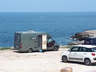 Camper parcheggiati a Porto Paradiso
