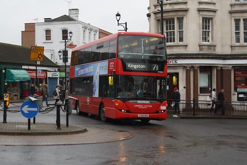 London United SP40103 YT59SHV Surbiton