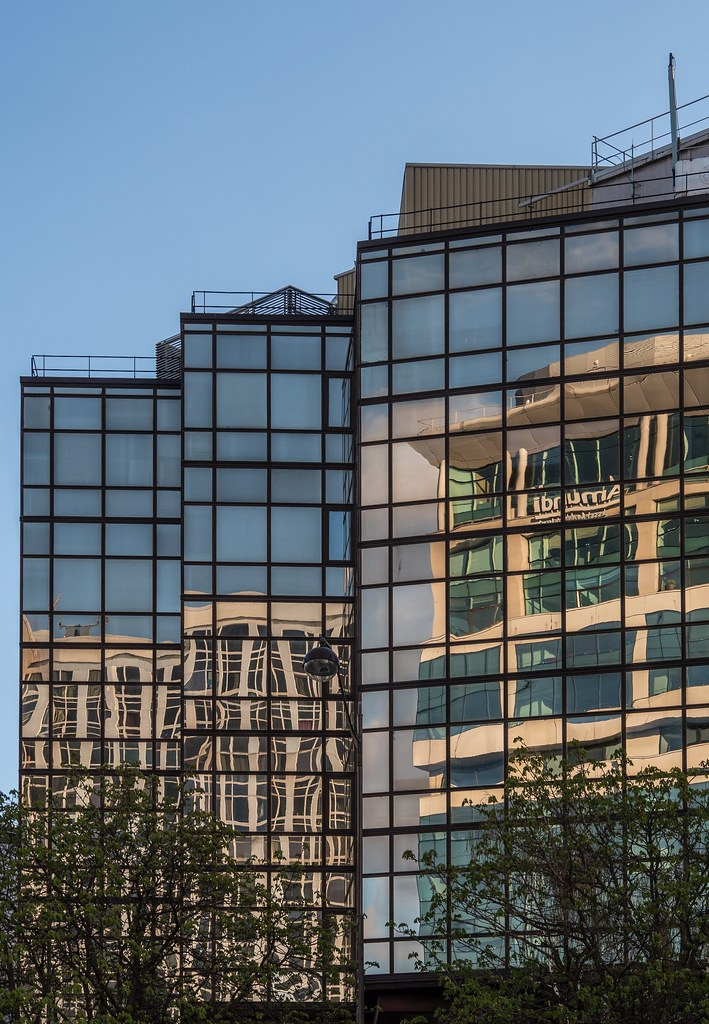 Reflets de Montparnasse... 27476533138_fd8ebe9b32_b