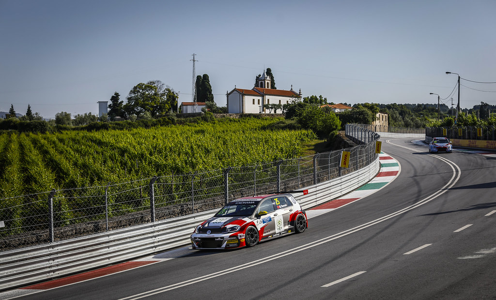 25 BENNANI Mehdi (mar), Volkswagen Golf GTI TCR team Sebastien Loeb Racing, action during the 2018 FIA WTCR World Touring Car cup of Portugal, Vila Real from june 22 to 24 - Photo Francois Flamand / DPPI