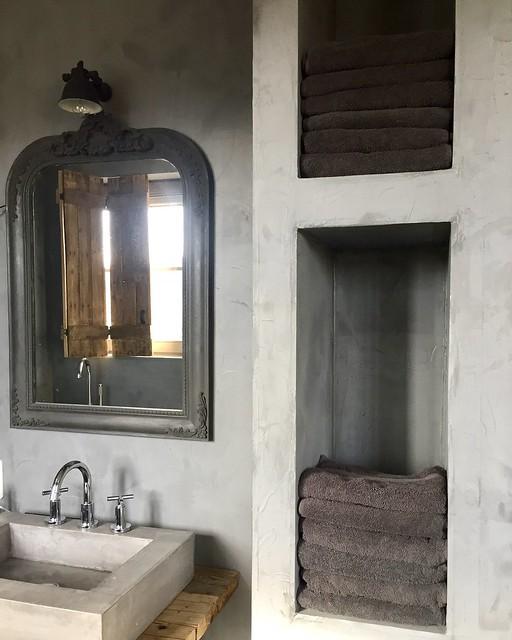 Badkamer sobere landelijke stijl