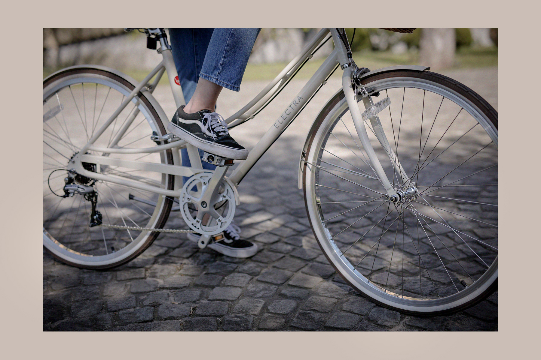 electra bike bicycle fahrrad spring frühling radeln biking loft 7d creme electrabikes catsanddogsblog ricarda schernus modeblog lifestyle blogger styleblog lifestyleblog cats&dogs styleblogger max bechmann fotografie film düsseldorf 3