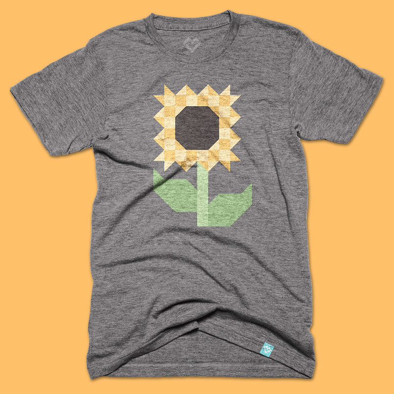 Scrappy Sunflower tee