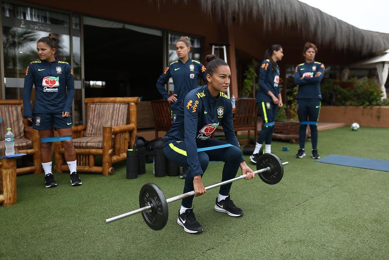 Treino regenerativo da Seleção Feminina em La Serena