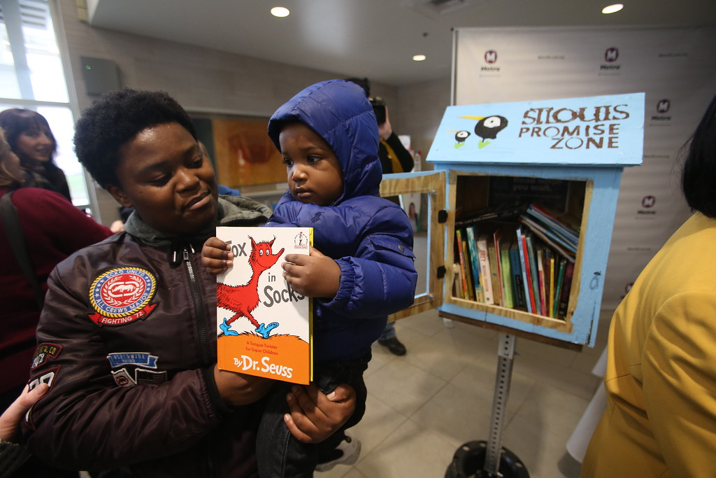 Community Library Program Launches at Metro Transit Locations