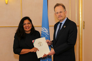 NEW PERMANENT REPRESENTATIVE OF MADAGASCAR PRESENTS CREDENTIALS TO THE DIRECTOR-GENERAL OF THE UNITED NATIONS OFFICE AT GENEVA