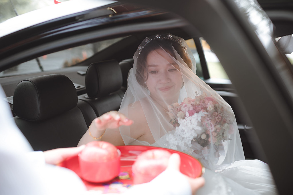台中婚紗拍攝,台中婚攝,找婚攝,婚攝ED,婚攝推薦,意識影像,婚紗攝影,台中市婚禮拍攝,蔡艾迪,中部婚禮攝影,婚紗,edstudio,萊特薇庭lightwedding,