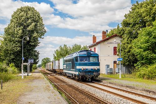 19 juin 2018 BB 67615 Train 466797 St-Mariens-St-Yzan -> Bordeaux Ambarés-et-Lagrave (33)