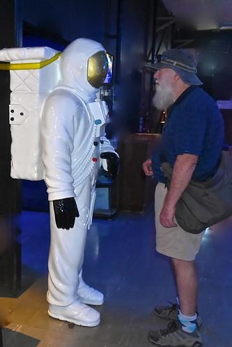 Paul and a NASA astronaut at Carnarvon, May 11 2018