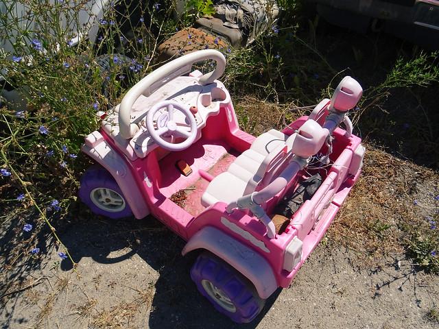 car junk yard (6)