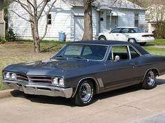 automobile, automotive exterior, vehicle, full-size car, compact car, sedan, chevrolet chevelle, land vehicle, muscle car,