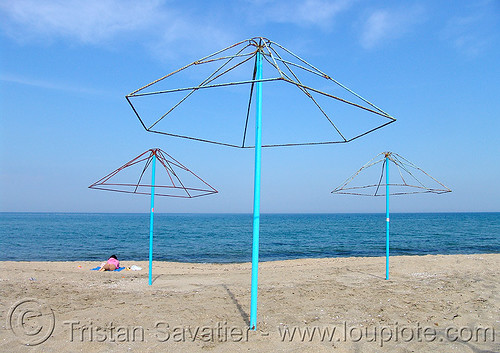 2971 - Black Sea Beach - Umbrellas