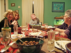christmas dinner(0.0), christmas(0.0), meal(1.0), dinner(1.0), lunch(1.0), supper(1.0), people(1.0),