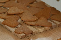 baking, bredele, baked goods, cookies and crackers, gingerbread, food, cookie, snack food, biscuit,