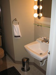 208204875 a4b97c1798 m Remodeling your Bathroom