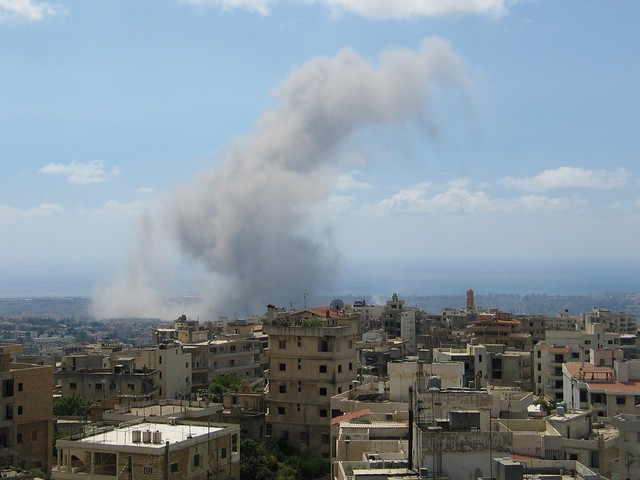 Explosion in beirut on 2006-08-13