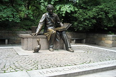 NYC - Central Park: Hans-Christian Anderson statue