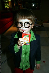 nick / harry potter and his juicebox    MG 3189