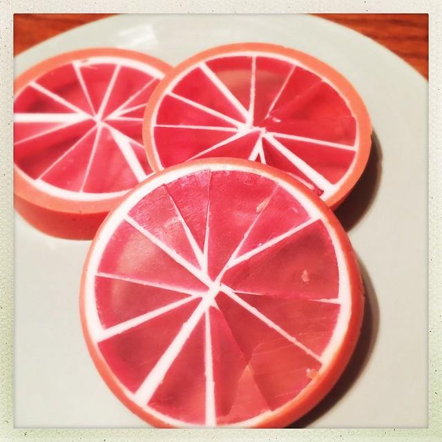DIY Grapefruit Soap