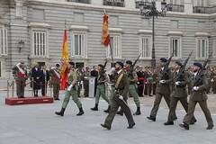 Multitudinaria Jura de Bandera ayer en la Plaza de Oriente #Madrid para personal civil