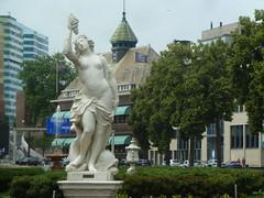 art / statues