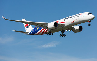 Airbus A350 Malaysia Airlines 9M-MAF