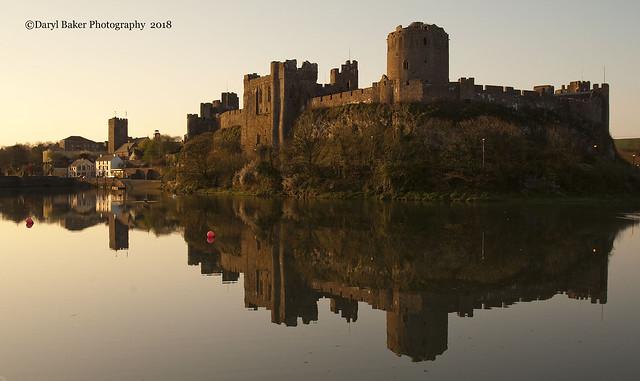 Pembroke Castle Reflections, Nikon D2XS, Tamron SP AF 10-24mm f/3.5-4.5 Di II LD Aspherical (IF) (B001)