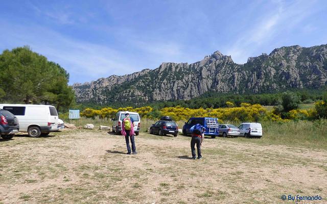 Parkings Montserrat Sur -02- Parking de Can Jorba -03- Can Jorba al fondo