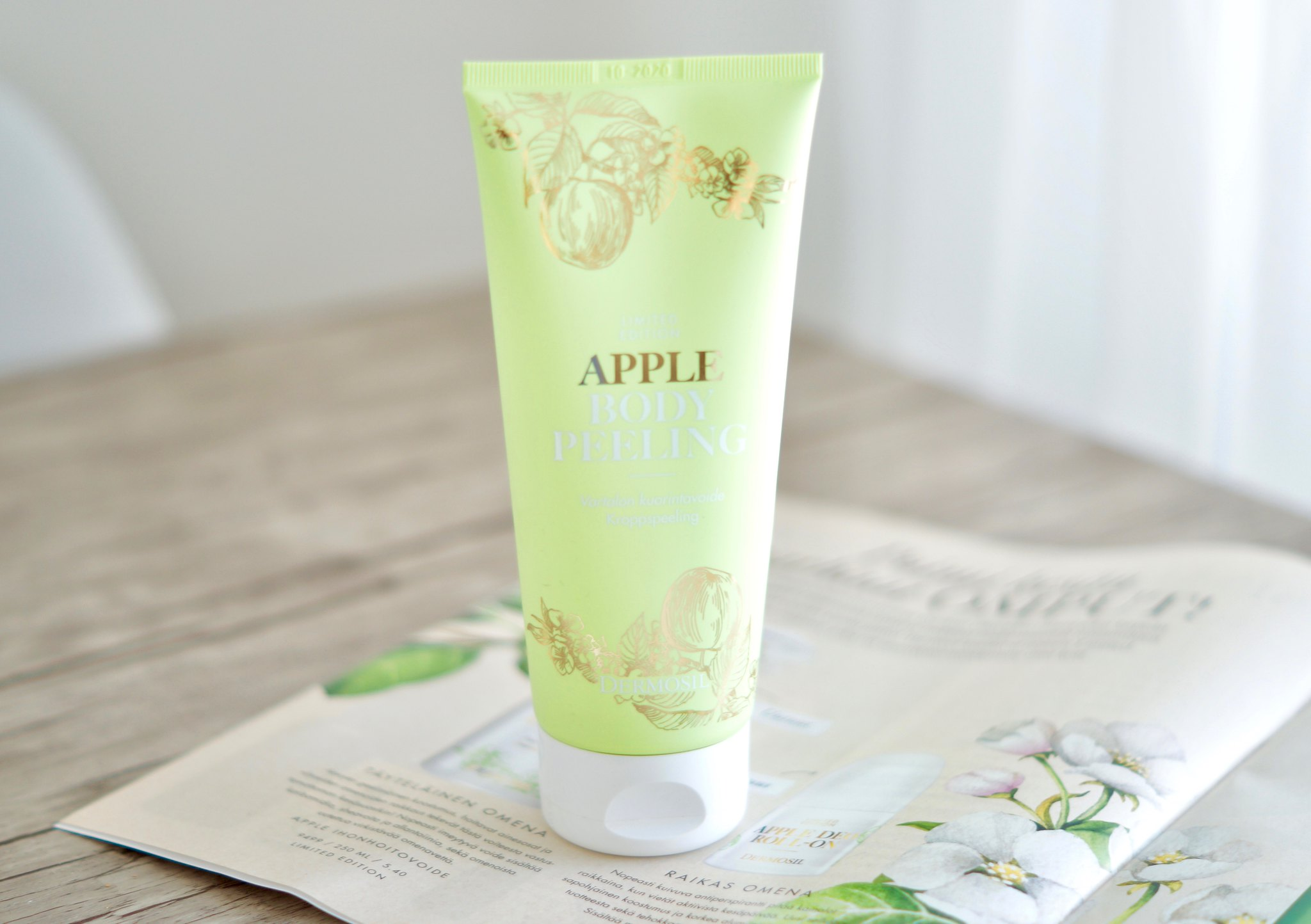 Dermosil apple body peeling vartalokuorinta
