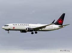 Air Canada 737 8 MAX C-FSDB