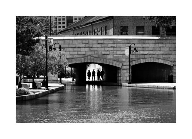 Under the bridge, Nikon D850, AF-S VR Zoom-Nikkor 24-85mm f/3.5-4.5G IF-ED