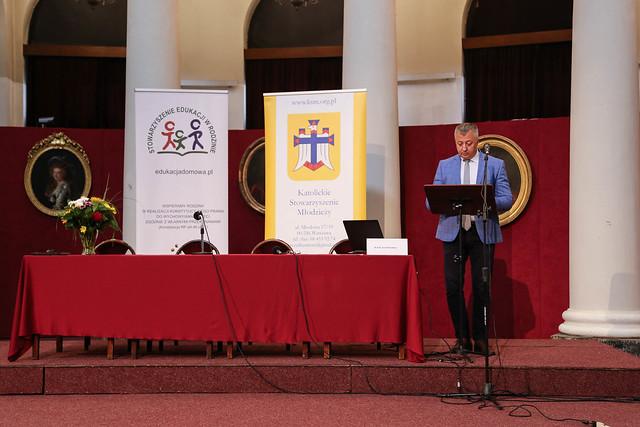 Edukacja drogą do ku niepodległości. Konferencja KSM.