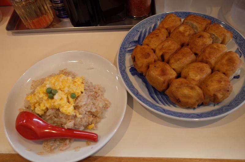 巣鴨ファイト餃子炒飯 餃子15個
