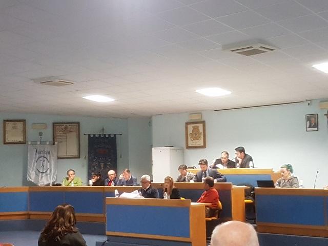 Noicattaro. consiglio comunale intero