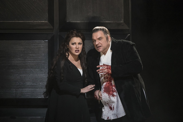 Anna Netrebko as Lady Macbeth and Željko Lučić as Macbeth In Macbeth The Royal Opera Season 2017/18 © ROH 2017. Photograph by Bill Cooper.