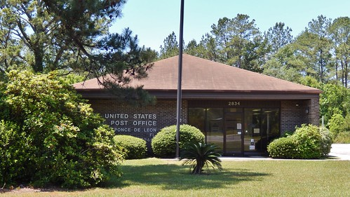Ponce de Leon, Florida 32455 PostOffice
