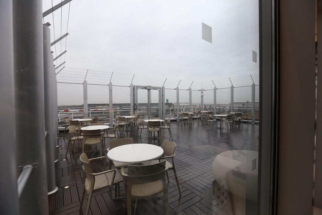 Qatar lounge at Paris CDG 47