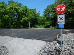 DSCN3936 New Weverton Xing pavement and stone
