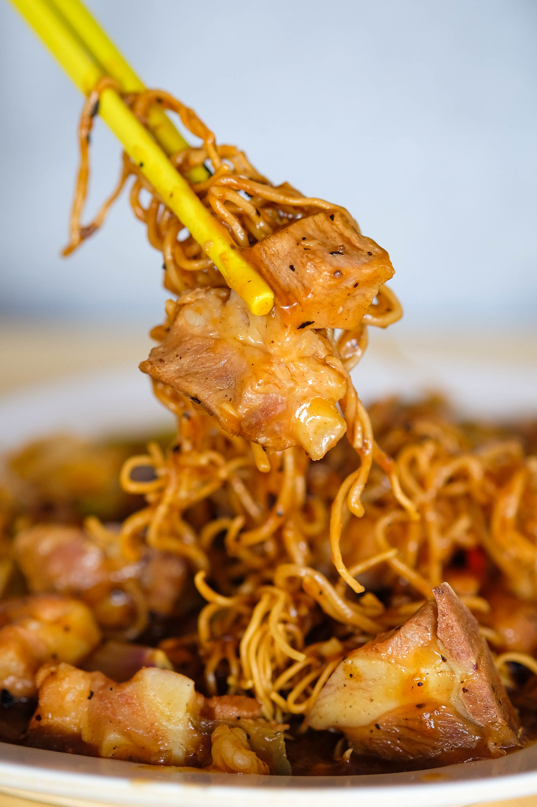 wong hing kitchenette Fried Mee close up