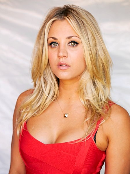 Kaley Cuoco - Esquire_03
