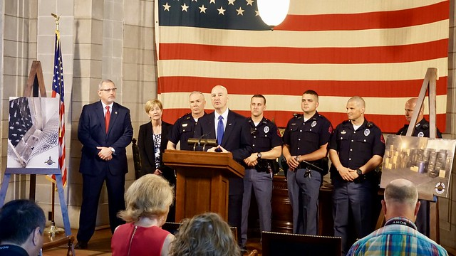 Gov. Ricketts Thanks State Patrol for Busting Drugs