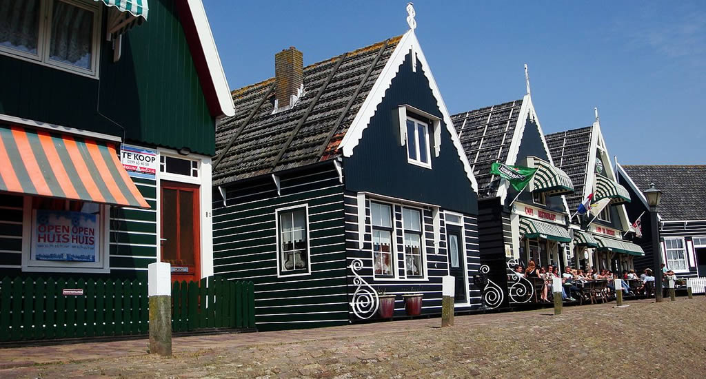 Day trip from Amsterdam, village near Amsterdam to visit: Marken | Your Dutch Guide