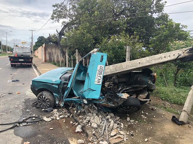 Motorista morre e quatro saem gravemente feridos em acidente na volta do Horto em Juazeiro